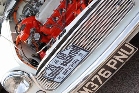 MiniMan64's car