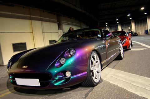 BLUETHUNDER's car