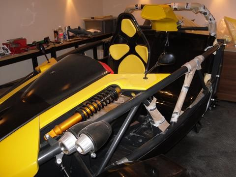 B33FY's car