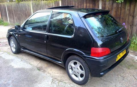 pthelazyjourno's car