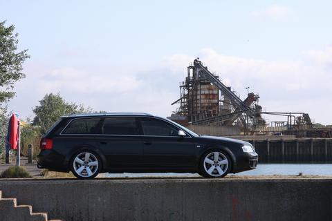 WAFWOTTBI's car