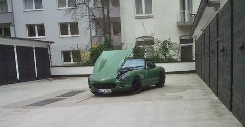 estutjaweh's car