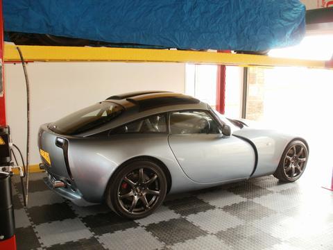 Briza's car
