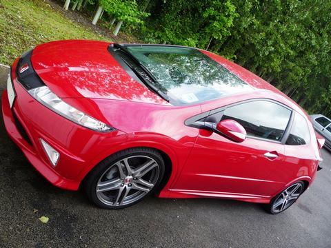Type R Tom's car