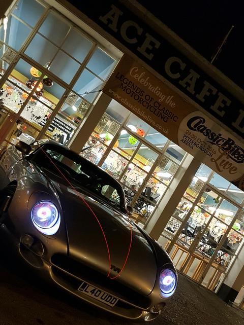 Vee8ight's car