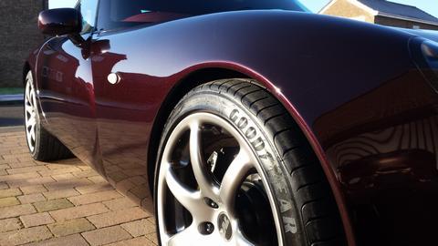 Zippee's car