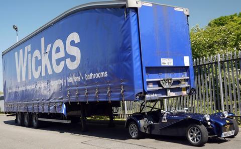 Cock Womble 7's car