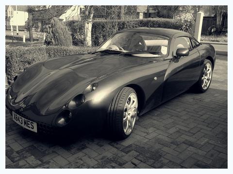 XMES RUS's car
