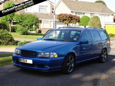 V70R999's car