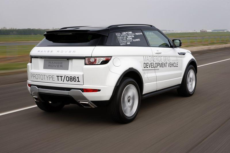 New Range Rover appeals on the road...