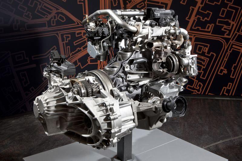 The 2.2 turbodiesel with gearbox