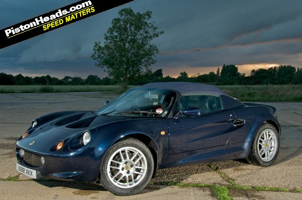 Thanks to PHer Brett Fraser for contributing pics of his Elise S1 for this feature