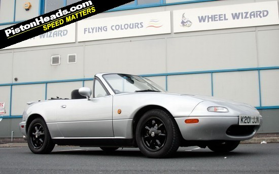 Eunos basks in blemish-free paint