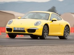 New school 911, old school cornering stance