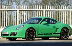 Viper Green gives a bit of GT3 chic