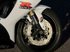 Brembo brakes and Showa forks feature