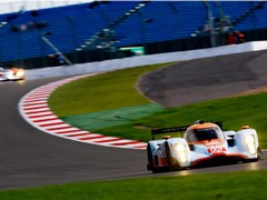 LMP1 Aston Martins got off to shaky start