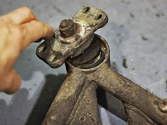 Corroded old wishbones came off...