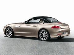 Contrasting roof option now on Z4
