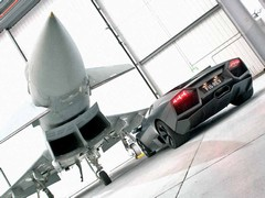 Eurofighter can do 900mph, Lambo looks like it can