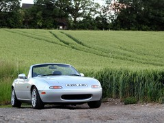 Quick, a sunny evening - get the Eunos out!