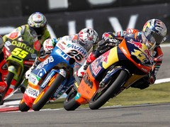 Vinales (No. 25) took the Moto 3 win