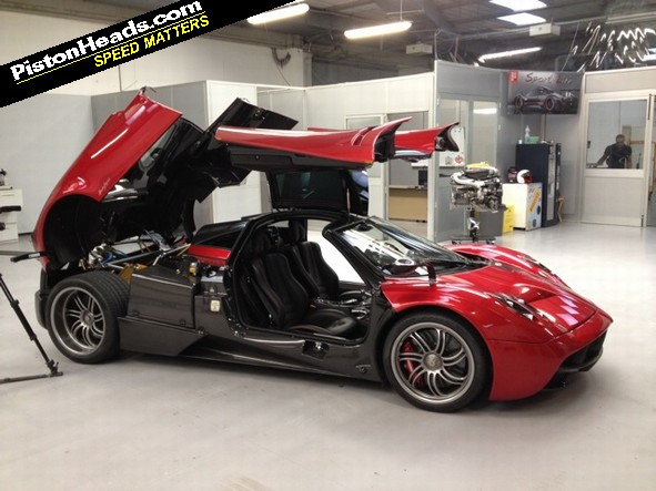 Chris Harris video: Driving the Pagani Huayra | PistonHeads