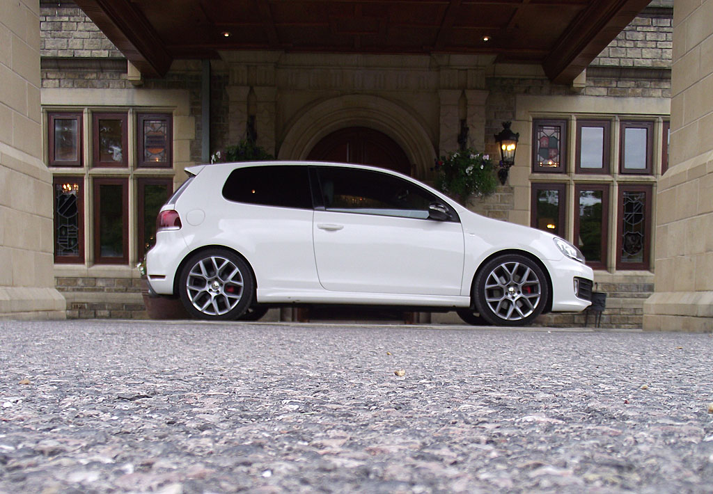 vw golf gti 35 edition specs auto express. Black Bedroom Furniture Sets. Home Design Ideas