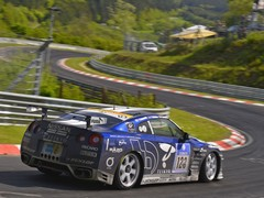 Kazunori races with GT players turned drivers