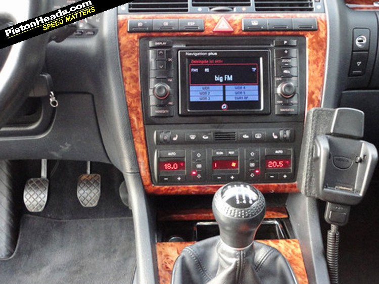 re spotted audi s8 manual page 1 general gassing pistonheads rh pistonheads com Audi R8 Audi A8