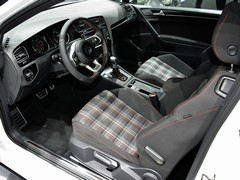 Plaid interior? Check...