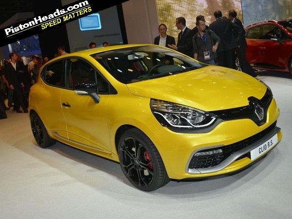 New renault clio sport deals red robin coupon april 2018 renault toughens up new clio rs 220 the new 18 inch alloys wear michelin pilot super sport a new and distinctive renault id matt body colour with a fandeluxe Gallery