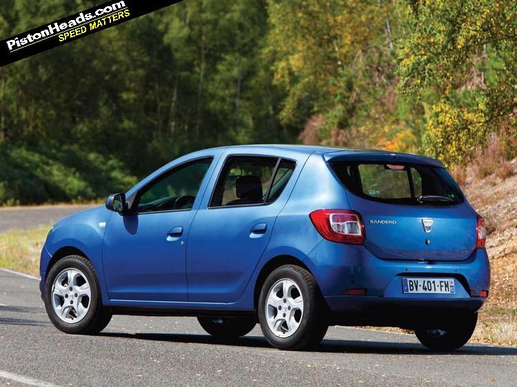 Новый Dacia Sandero дебютирует о…