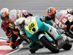 Lunatic local Hafizh Syahrin livened up Moto2