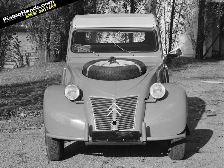 rouler en ancienne au quotidien far forum forum automobile de discussions. Black Bedroom Furniture Sets. Home Design Ideas