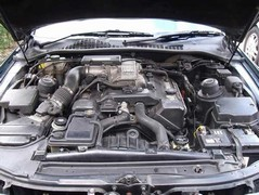 Yep, that's a V8 engine right there