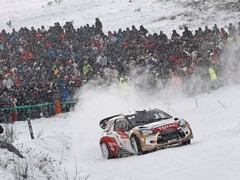 Snowy drive to work for Loeb...