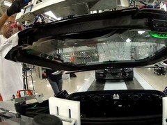 Vid shows how carbon-fibre panels are fitted