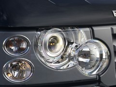 Pre-2009 cars featured simpler headlights