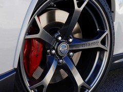 Nismo gets GT-R's brake hoses & fluid