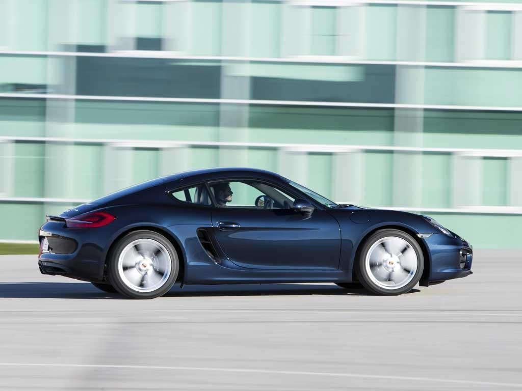 Standard Cayman loses little visual clout