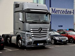 Pre-emptive shifting saves fuel on the Actros