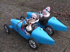 Pair of Bugattis built for Scarlett and sister