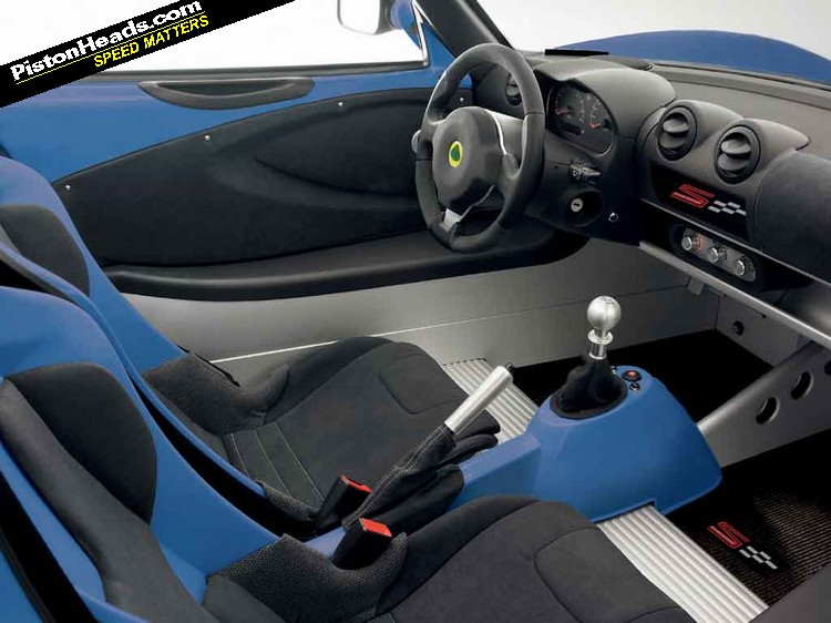 Lotus Elise MY 2011 CR S LotusEliseSClubRacer_02-L