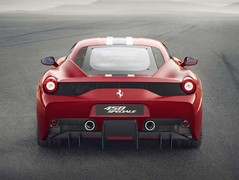 Speciale ditches F40-style triple exhaust