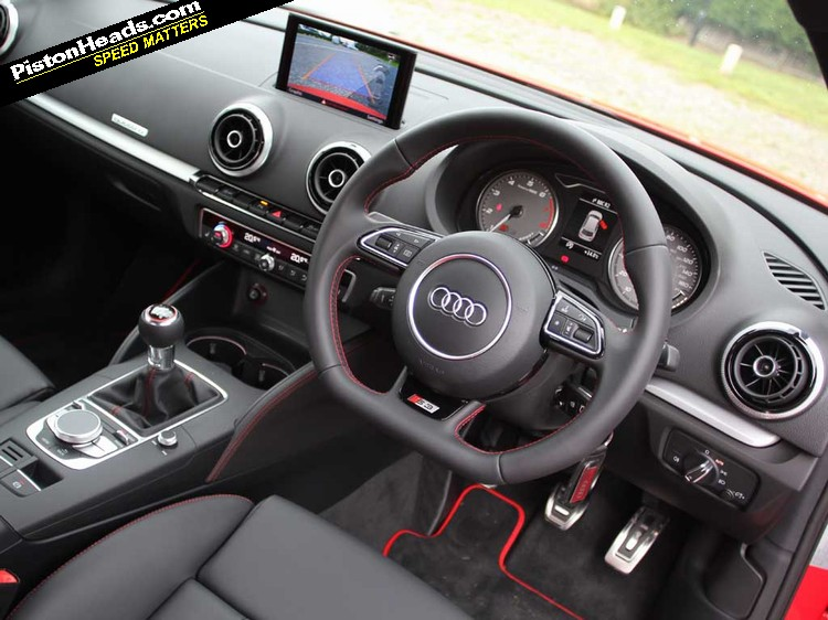 Clean, Uncluttered S3 Interior Feels Good