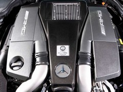 Turbos here to stay, so are big V8s - phew