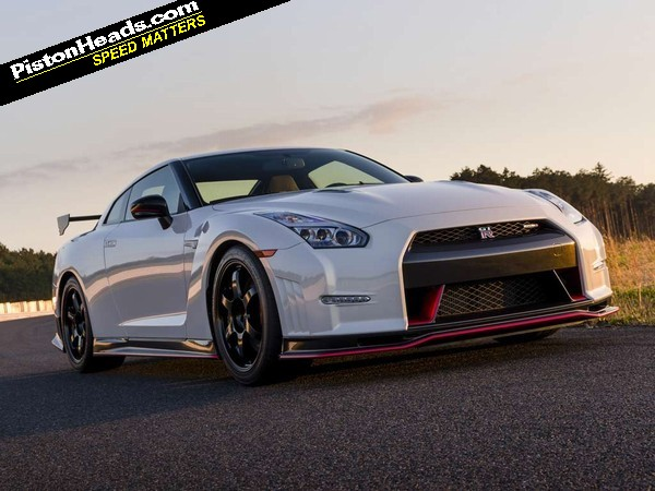 nissan gt r my14 and nismo driven pistonheads. Black Bedroom Furniture Sets. Home Design Ideas