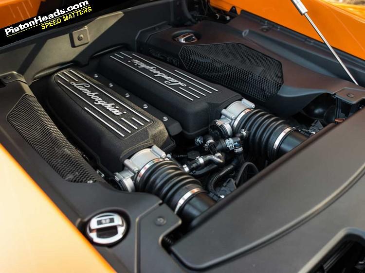 Lamborghini Gallardo vs Audi R8 V10: Blood Bros | PistonHeads