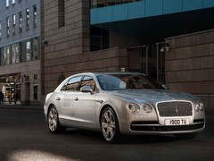 Flying Spur V8 makes do with 507hp